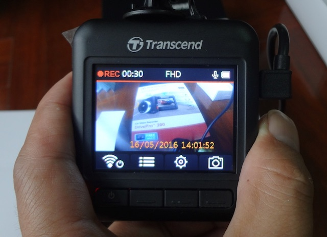 Transcend-drive-pro-200-camera-recording