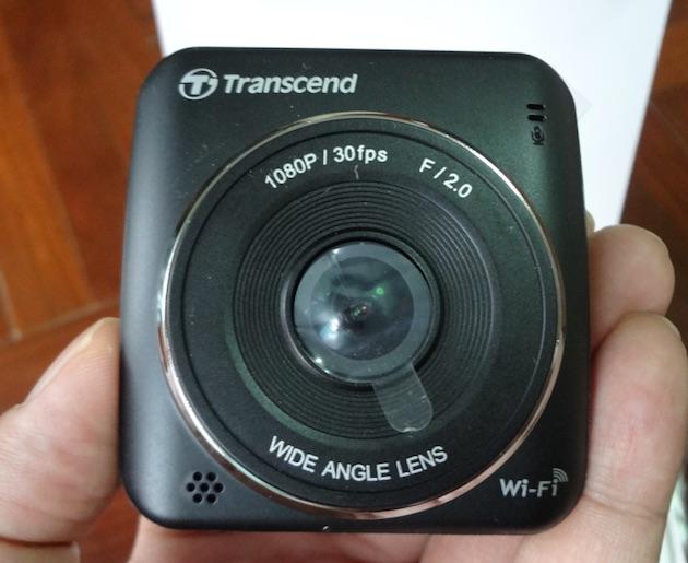 Transcend-drive-pro-200-camera