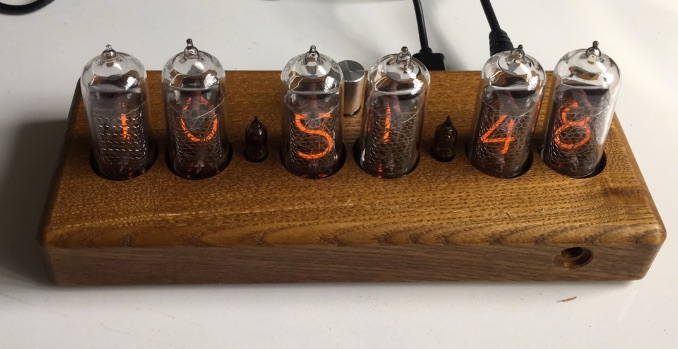 nixie-clock-with-case-top